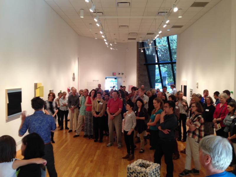 Eröffnung in einem der Räume des Visual Arts Center of new Jersey. USA